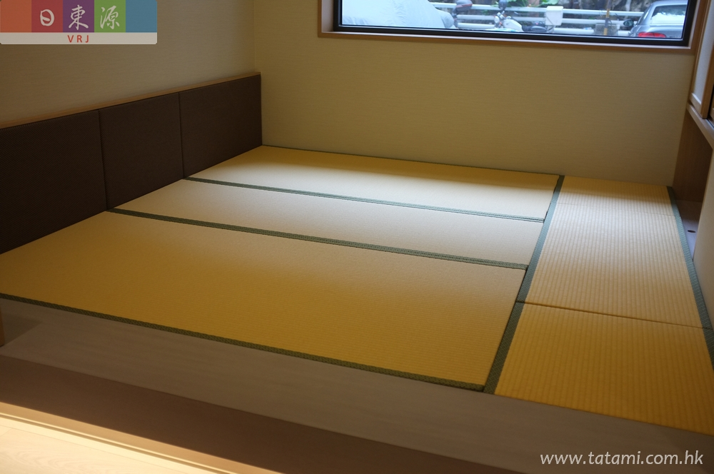 Special requirement of the tatami size in this room which are based on the wood platform size, flexible and easily storage space we provided.<br />November, 2014