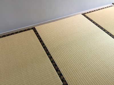 Guest room and tea room are combined together, one room into 2 ways with Japanese Moisture-proof tatami size 38mm.<br />September, 2015