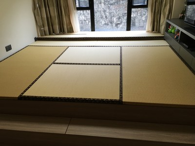 Japanese Moisture-proof tatami also designs for the bay window with platform furniture.。<br />February, 2016
